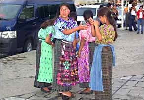 guatemaltecas_en_mexico.jpg