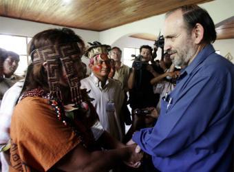 Indigenas_peruanos_esperan_martes_Lima_reunirse_presidente_Consejo_Ministros