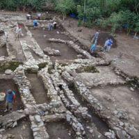 Hallan antiguas tumbas que cambiarían historia de Incas en Perú