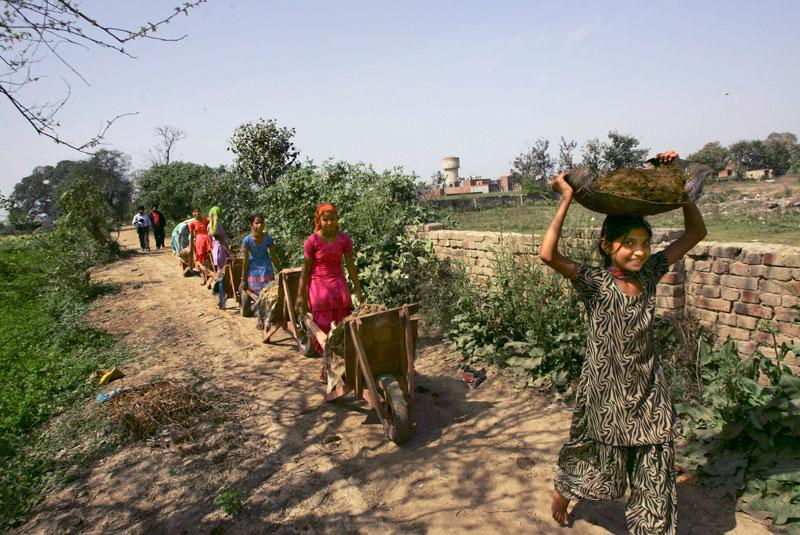 mujeres-trabajadoras-del-campo