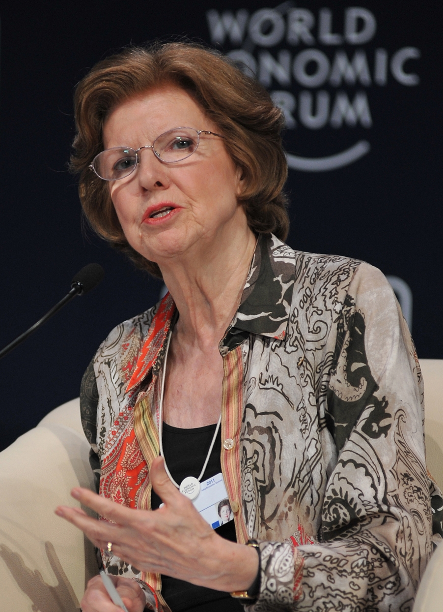 Huguette_Labelle_-_India_Economic_Summit_2011(2)_cropped_and_rotated