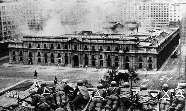 Il-bombardamento-del-Palacio-de-La-Moneda-620x372