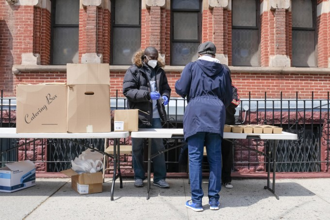 free-meals-harlem-church-4